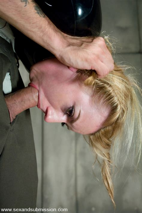 lexi belle at sex and submission jpg 553x830